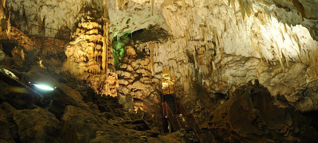 Пећина Церемошња